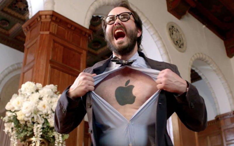 Apple: los fans de la marca critican el iPhone, Tim Cook y el último MacBook Pro 1
