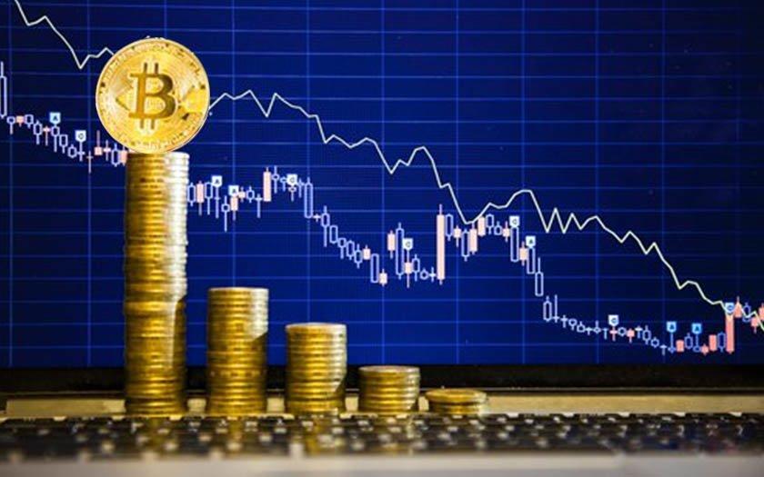 ¡El Bitcoin perdió 2.000 dólares en unas horas!
