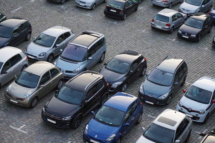 Cómo encontrar plazas de aparcamiento con Google Maps