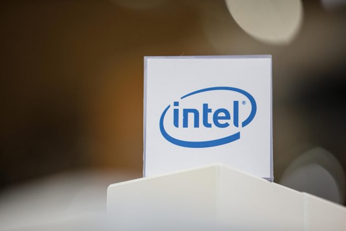 Apple se retira de Intel rechazando componentes para futuros iPhones