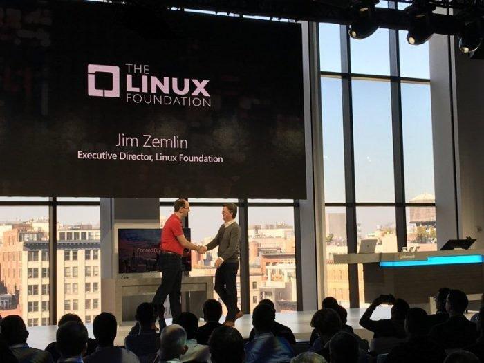 La Fundación Linux celebra la adquisición de GitHub por parte de Microsoft