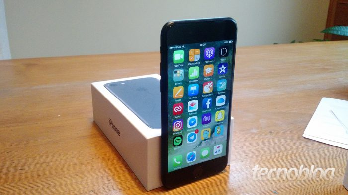 Apple se disculpa y reduce el precio para reemplazar la batería de los iPhones