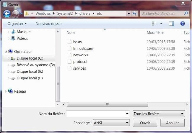 Cómo bloquear un sitio web sin software en Windows 7