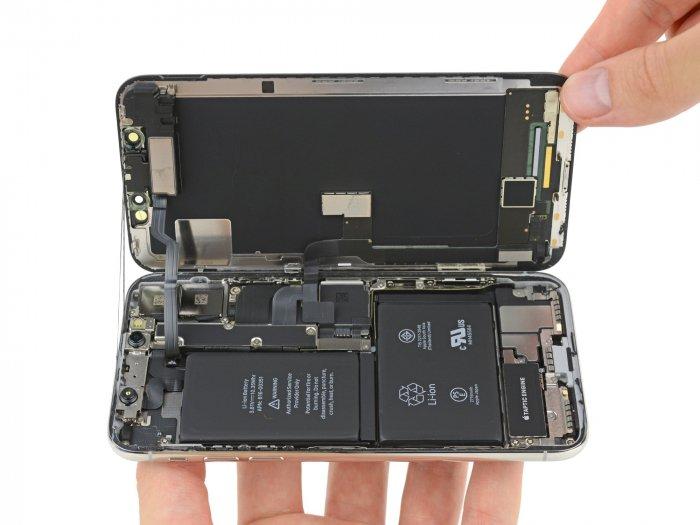 Qué hay dentro del iPhone X: dos pilas, una tarjeta compacta y más 1