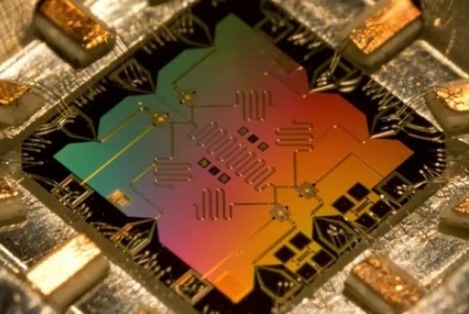 IBM encuentra una solución para los errores en los procesadores cuánticos 1