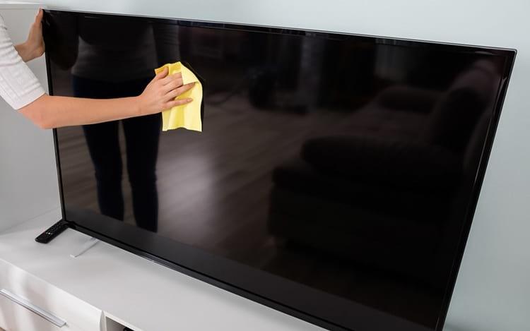 ¿Cómo limpiar correctamente la pantalla de su televisor o monitor? 1