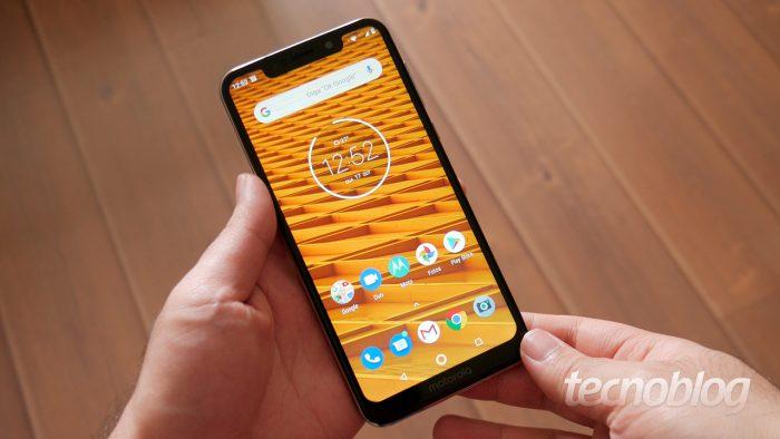Motorola One comienza a ser actualizado a Android 9 Pie en Brasil