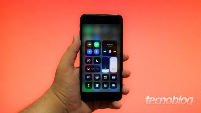 Los botones del Centro de control del iOS 11 no deshabilitan Bluetooth y Wi-Fi. 1