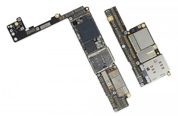 Qué hay dentro del iPhone X: dos pilas, una tarjeta compacta y más 2