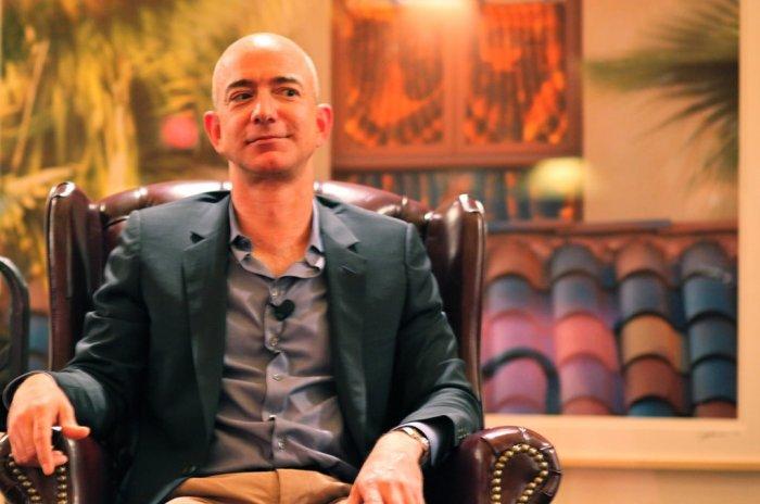 Jeff Bezos de Amazon supera a Bill Gates como el hombre más rico del mundo