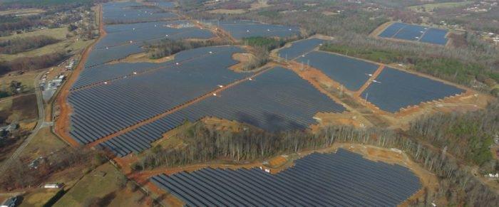 Google instala 1,6 millones de paneles solares en nuevos centros de datos