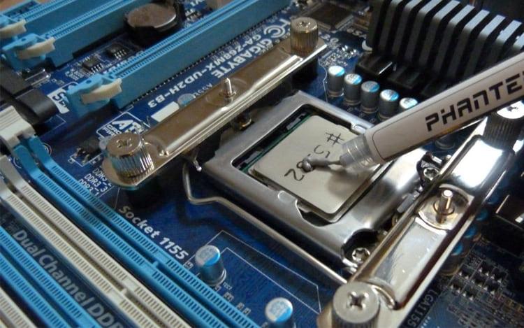 Mi ordenador se está apagando o reiniciando, ¿qué puede ser?