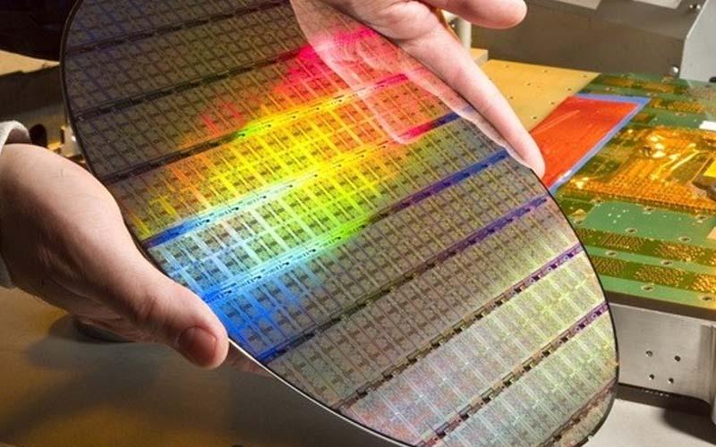 RAM DDR4: un incidente en una fábrica y la especulación podría hacer subir el precio de las barras