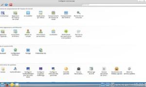 Rosa Desktop Fresh R5 con el escritorio KDE