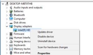 Fondo negro detrás de los iconos de carpetas en Windows 10