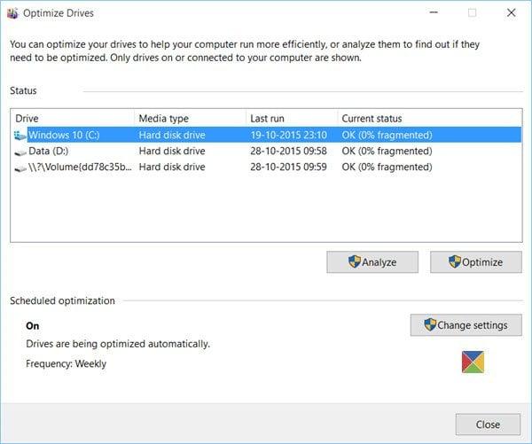 Particiones ocultas mostradas en la Herramienta Desfragmentador de disco de Windows 10