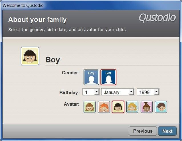 Monitoree la actividad en línea de su hijo con Qustodio, un programa gratuito de control parental. 1