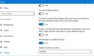 Habilitar o deshabilitar Mostrar insignias en los botones de la barra de tareas en Windows 10