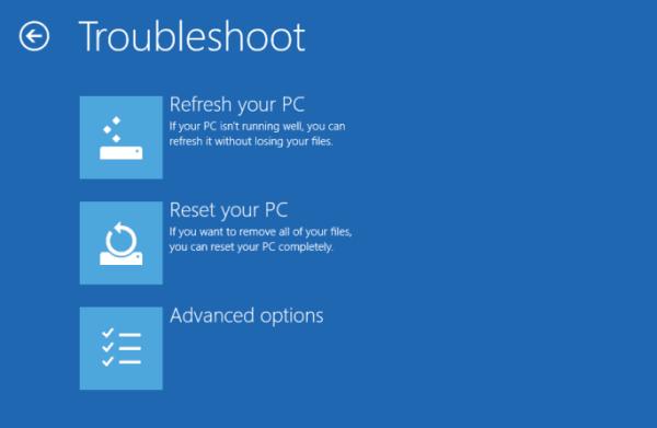 Windows 10 no se inicia; Reparación de inicio automática, Actualizar, Restablecer PC también falla 2