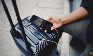 Las aerolíneas estadounidenses están limitando el uso de bolsas inteligentes