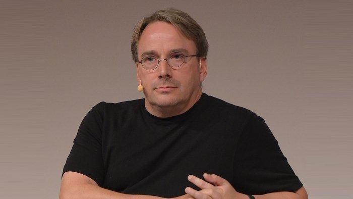 Linus Torvalds está bastante molesto con los defectos de Meltdown y Spectre 1
