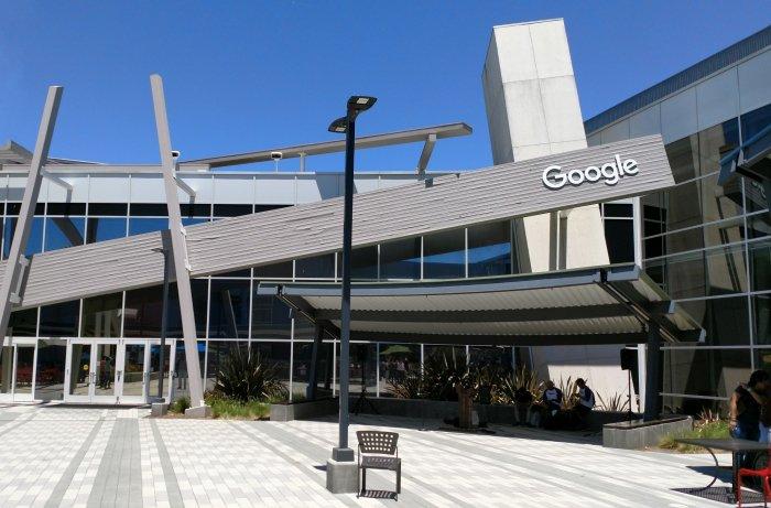 """Un error en Google Docs bloqueó los documentos por """"violar"""" los términos del servicio"""