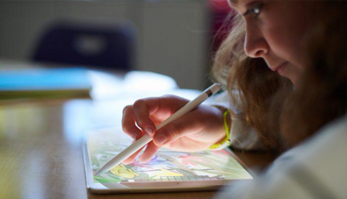 Apple anuncia iPad de 9.7 pulgadas con portalápices 1