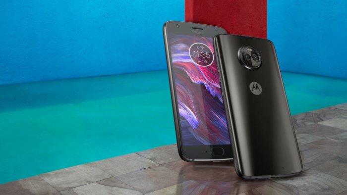 Motorola anuncia Moto X4: diseño de vidrio, pantalla más pequeña y hardware intermedio 1