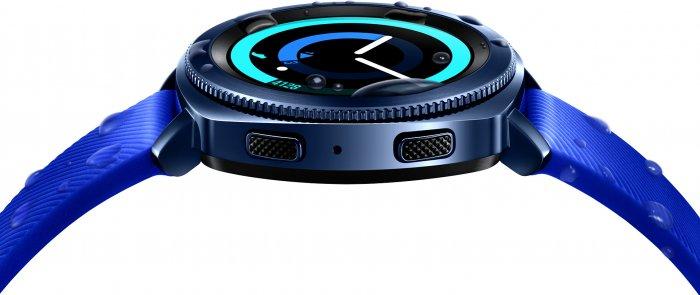 Samsung Gear Sport es un reloj inteligente más compacto para nadar, correr y pagar