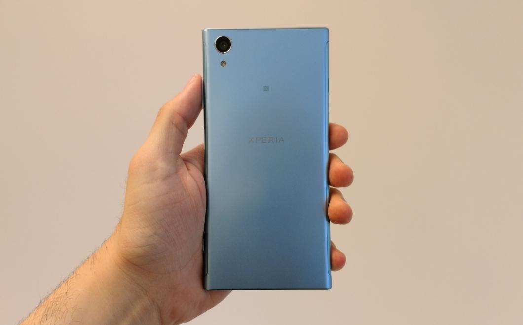 Sony anuncia el nuevo buque insignia Xperia XZ1 con versión compacta 7