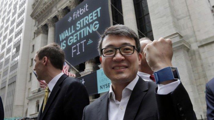 El CEO de Fitbit asegura que el reloj inteligente no se retrasará 2
