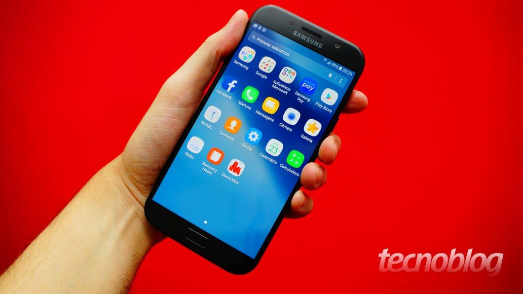 Comparativo: Galaxy A7 (2017) o Moto Z2 Play, ¿cuál es mejor? 7